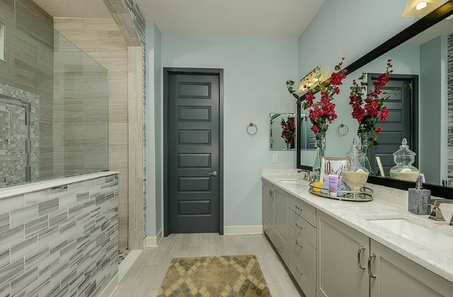 David Weekley Theron Master Bathroom.jpg